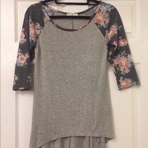 NWOT Jegging Tee Size Small